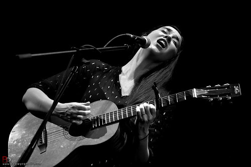 Lisa Hannigan + Alondra Bentley