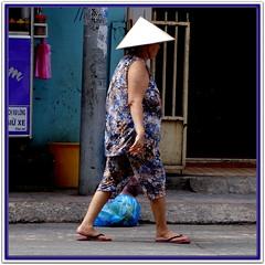 N°072 Vietnamese Ladies, Vietnamiennes, Vietnamese women, Vietnam, Courageuses Femmes du Vietnam, Dame, Demoiselle, Femme, Vietnamese girls, Phụ Nữ, Đàn Bà, Con Gái, (tamycoladelyves) Tags: tribute admirationandrespectfortheprettybravevietnamwomen vietnameseladieshommage admirationetrespectpourlescourageusesfemmesduvietnam vietnamiennesamazing attractive awesome beautifull charming cute delicious delightful extraordinary fantastic gorgeous graceful honney happiness incredible kindness lovely nice oustanding pleasant pretty priceless smile smiling stunning super sweethearth sweetmeat unbelievable unforgettable wonderfull agréable extraordinaire gentille gracieuse heureuse magnifique mignonne ravissante souriante sourire splendide superbe vietnamtravellog vietnamtraveldiarycarnetdevoyagevietnam journaldevoyagevietnamhttpswwwflickrcomphotosnaturebohemecollections72157622387003847