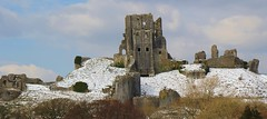 Corfe Castle In Snow 190318 (7) (Richard Collier - Wildlife and Travel Photography) Tags: dorset corfecastle snow castle historical ruins