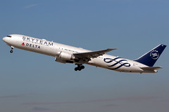 Delta Air Lines | Boeing 767-400ER | N844MH | Skyteam livery | Los Angeles International (Dennis HKG) Tags: aircraft airplane airport plane planespotting skyteam canon 7d 100400 losangeles klax lax delta deltaairlines dal dl usa boeing 767 767400 boeing767 boeing767400 767400er boeing767400er n844mh
