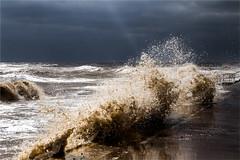 Clacton- 19.03.18 (Trudie S) Tags: sea waves seawall darksky menacing