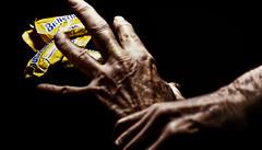 2018_03_12_self_control _DP31423 20180312-31423 (dpowersdoc) Tags: candy diet food resistance selfcontrol temptation selfrestraint treat candybar hands hand reach restrain control hold holdback fingers restraint