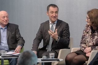 Podium v.l.n.r. Karl-Heinz Meier-Braun, Cem Özdemir, Miriam Koch