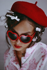 Lolita's Life: Home Alone (TheJennire) Tags: photography fotografia foto photo canon colours colores cores summer lolita movie cinema film photoshoot fashion style hair cabello pelo cabelo makeup retro 90s book vladimirnabokov 1997 conceptualphotography projectneverland girl indie people lolitaslife homealone portrait sunglasses red beret vintage redlips teenmodel 2018 50mm hairstyle loleeta