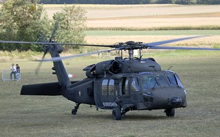 Austrian Blackhawk 6M-BH - Run-up @ LOAS