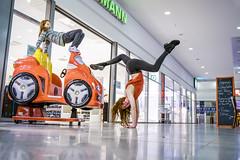 Shopping in the mall | SONY a7III (ILCE-7M3) (.: mike | MKvip Beauty :.) Tags: sony⍺7iii sonyilce7m3 sony ilce7m3 samyangaf35mmf14fe samyang af fe emount ibis model dancer artist artistry mall maximiliansau wörthamrhein germany mth mkvip