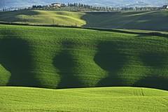 Today morning. Spring is arriving. (Antonio Cinotti ) Tags: landscape paesaggio toscana tuscany italy italia siena hills colline campagnatoscana cretesenesi asciano nikond7100 nikon d7100 rollinghills nikon18300