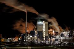 Industry smoke (MIKAEL82KARLSSON) Tags: industri industry rök smoke pappersbruk papermill night natt nightshot nightphoto nattfoto sverige sweden pentax k70 mikael82karlsson longexpo explore explorer expo flickr