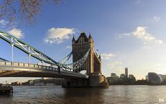 The Tower Bridge (Londres) (albertoleiras) Tags: towerbridge puentedelatorre londres london riotámesis thamesriver canon6d canon1740f4l