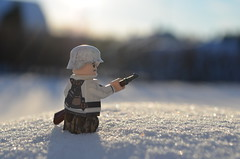 Kirkenes 1944 (BlockingBricks) Tags: mars2018 theminifigco citizenbrick brickarms ww2 worldwar world war two lego overmold snow