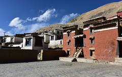 Rongbuk Monastery, Tibet, Elevation 4,980m (Harald Philipp) Tags: ronpu rongwu rongbuk tibet monastery redbrick buddhism everest basecamp isolation himalayas mountains religion religious
