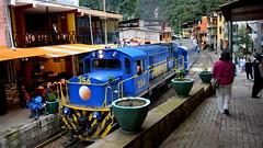 Aguascalientes (Miradortigre) Tags: peru tren andes train town pueblo selva peruvian forest adean