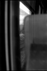Les rails déraillent, songes-tu (Rachelnazou) Tags: caffenol blackwhite analog argentique minolta film ilford portrait