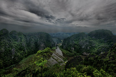 King Kong 2 was shot there (rvjak) Tags: ninbinh vietnam landscape forest sky mountain tree river rivière asia asie southeast sudest d750 nikon