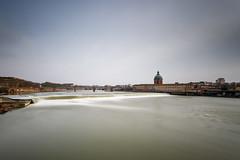 Garonne en crue (Patatitphoto) Tags: garonne bazacle crue water pose longue filé toulouse 1740 canon paysage landscape river overflow brown nd1000