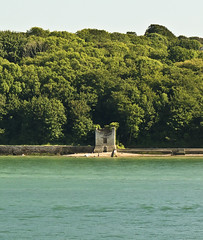 A0368SOHAb (preacher43) Tags: england water sky trees building architecture isle wight norris castle