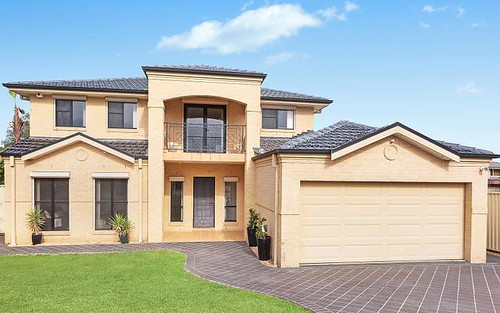 11 Chickasaw Cr, Greenfield Park NSW 2176