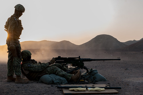 Task Group 68.6 crew conduct a qualification with the M2HB .50-caliber machine gun.