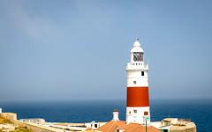 Világítótorony az Európa Pontnál Gibraltáron - Lighthouse at Europa Point, Gibraltar (Bela Lindtner) Tags: belalindtner lindtnerbéla nikon d7000 nikond7000 sigma 1020mm sigma1020mm sigma1020 1020 gibraltar lighthouse sea tower torony világítótorony tenger buildings building épületek épület sky bluesky