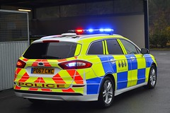 PO67 CWC (S11 AUN) Tags: cleveland police ford mondeo zetec estate dog section policedogs dsu dogsupportunit incident response 999 emergency vehicle po67cwc