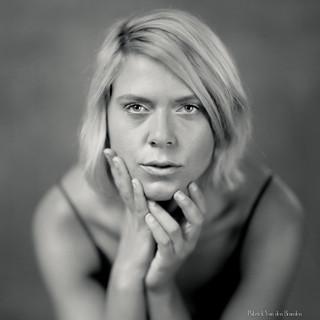 Chloë - Square portrait