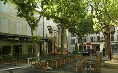 Manosque ( Alpes de Haute-Provence ), place de l'Hotel de Ville (Irma-48) Tags: franciafrancepacaprovenceprovenzaalpes de haute provencemanosquehotel villepiazzaplacesquare