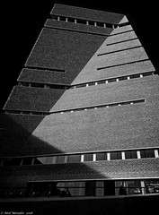 Tate Modern (Neil. Moralee) Tags: londonneilmoralee tata modern building architecture herzog demeuron industrial london uk endland art black white blackandwhite whiteandblack mono monochrome bw bandw neil moralee nikon d7100 tall angle angled angular shadow sky