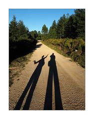 Self portrait with wife (Franco & Lia) Tags: twin self selfportrait autoritratto ombra shadow wife sardegna sardina