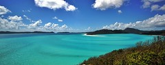 A simply breathtaking mosaic: a swirling mix of clear waters and silica tidal sands, turquoise, blues, whites; extraordinary and truly surreal (Hill Inlet, Airlie Beach, Australia) (Christian_from_Berlin) Tags: whitehaven beach hillinlet australia lookout tonguepoint whitsunday airleebeach coast coastline color sonyalpha6000 sky sun sunshine beauty ambient breathtaking view sailing island samyang samyang12mm