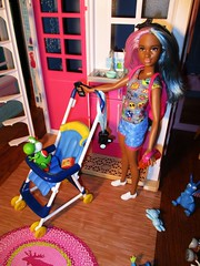 Babysitting (flores272) Tags: 42blueviolet barbie barbiedoll aabarbie barbieblueviolethair purpleandbluehair babysittingskipper doll dolls toy toys yoshi barbieclothing petitebarbie barbiestroller