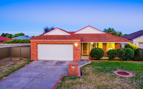 28 Mountford Cr, East Albury NSW 2640