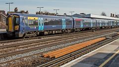 375904 (JOHN BRACE) Tags: 2003 bombardier derby built electrostar class 375 emu 375904 seen tonbridge station southeastern blue livery