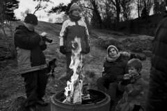 IMG_1250 (Anders Österberg) Tags: picnic winter vinter open fire bonfire öppen eld brasa blackandwhite svartvitt