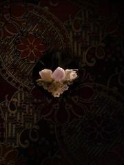 Blumenmuster (Gilbert-Noël Sfeir Mont-Liban) Tags: blumen muster blumenmuster tapisserie pattern motif fleurs flowers rose pink rot rouge red kesserwan montliban liban mountlebanon lebanon clairobscur chiaroscuro émaillé