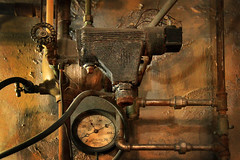 Mysterious Mechism (arbyreed) Tags: arbyreed pipes plumbing guages analogguages copper copperpipes mysteriousplumbing valves strange weird