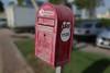 Letters box EAU (Pi-F) Tags: bal boiteauxlettres rouge emirats abudhabi nombre 1126 poste post mail box rue dof typographie lettre calligraphie boîte