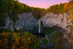 Taughannock (circleyq) Tags: taughannock new york state upper ithaca outdoor autumn sunrise dawn colorful color fall
