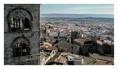 Trujillo (Luis kBAU) Tags: trujillo iglesia pueblo torre village spain caceres campanario tower town españa romanico panoramica panoramic tejados roof monument monumento piedra