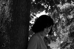 Réflexion (bd168) Tags: xt10 xf1855mmf284rlmois blackandwhite noiretblanc monochrome arbres ombre shadow trees bark écorce summer été