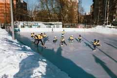 IMG_0191 (Skechtman) Tags: gametime vsco streetview streetphotography life winter hockey 35mm canon russia street