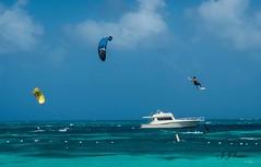 """ Ao Infinito "" (JJSantosphoto) Tags: jjsantosphoto jjsantos travel viagem viagens caribe sanandres colombia surf iate lancha fuljifilm fujifilmxt2 xt2 t2 aoinfinito infinito kitesurf kit aoarlivre salto pular piloto"