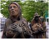 Famine Memorial (Templieres) Tags: famine irlande fenian dublin sculptures liffey mildiou emigration statues monument bronze rowangillepsie