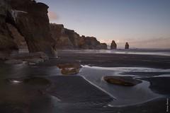 NZL / Tongaporutu  -  Tides (steiner_roman) Tags: the three sisters elephant rock nzl tongaporutu tides neuseeland sonnenaufgang sunrise brandung nord insel