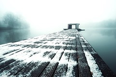 the fog (christian mu) Tags: muenster münster germany aasee aaseesteg christianmu sony sonya7ii 252 25mm batis zeiss architecture winter snow mist