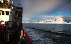 """On route"" - Gerlache Strait, West Antarctic Peninsula (alejandro.romangonzalez) Tags: antarctica antarcticpeninsula britishantarcticsurvey wap outdoors nature landscape rrsjamesclarkross bas research sunrise ship gerlachestrait anversisland"