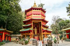 Pagode à Wat Tham Suea (Lцdо\/іс) Tags: wat tham suea krabi tiger cave temple pagode pagoda thailande thailand thailandia aonang chinese style architecture red monkey monk lцdоіс