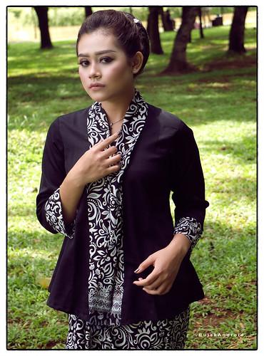 Batik S