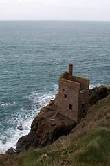 Bottallack ({House} Photography) Tags: cornwall england travel photography canon 70d timothyhouse housephotography bottallack house building sea water coast cliffs
