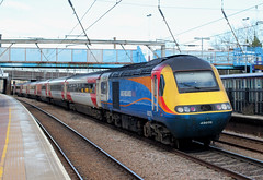 On hire to Virgin East Coast Trains . Stagecoach East Midlands Trains . 43075 . Alexandra Palace Station , North London . Wednesday 21st-Wednesday-2018 . (AndrewHA's) Tags: railway alexandra palace station virgin trains east coast midlands hst high speed train class 43 power car 43075 1d11 kings cross leeds ecml express passenger service