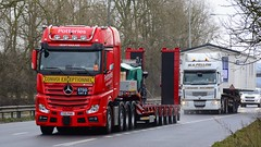 T55 PHH (panmanstan) Tags: mercedes actros mp4 wagon truck lorry commercial heavy haulage freight transport vehicle a63 everthorpe yorkshire